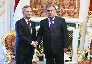 اجتماع مع سكرتير الدولة لدى وزارة أوروبا والشؤون الخارجية لجمهورية فرنسا جان باتيست لوموان