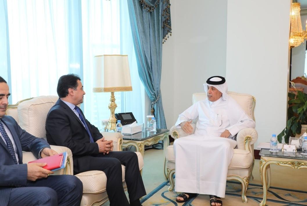 اجتماع السفير مع وزير الدولة للشؤون الخارجية لدى دولة قطر