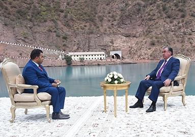 نص حوار فخامة الرئيس إمام علي رحمان رئيس جمهورية طاجيكستان مع قناة الجزيرة مباشر