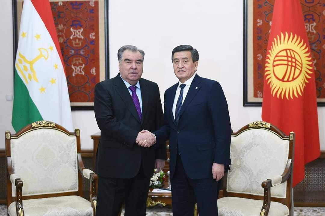 Мулоқот бо Президенти Ҷумҳурии Қирғизистон Сооронбой Жээнбэков