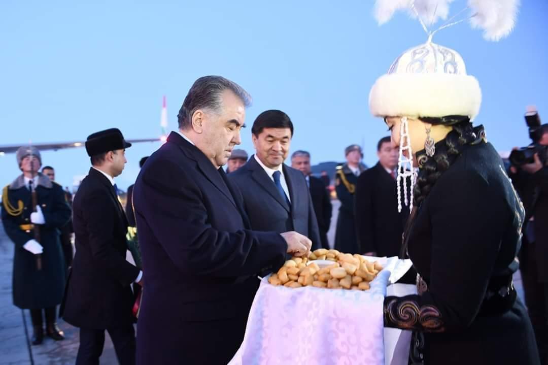 Оғози сафари корӣ дар Ҷумҳурии Қирғизистон